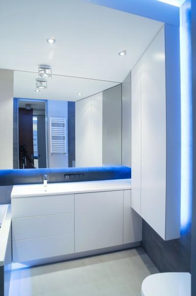 podświetlana łazienka